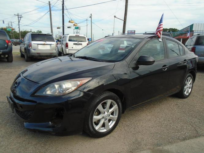 2011 Black Mazda MAZDA3 i Touring 4-Door (JM1BL1VF6B1) with an 2.0L L4 DOHC 16V engine, located at 5005 Telephone Rd., Houston, TX, 77087, (713) 641-0980, 29.690666, -95.298683 - Photo #0
